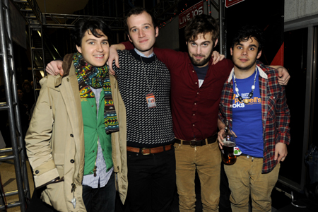 450x300_VampireWeekend-Dec1