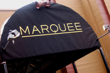 450x300_marqueeawning